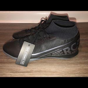 Nike Men's Superfly 7 Mercurial Sz. 11 Indoor Shoe